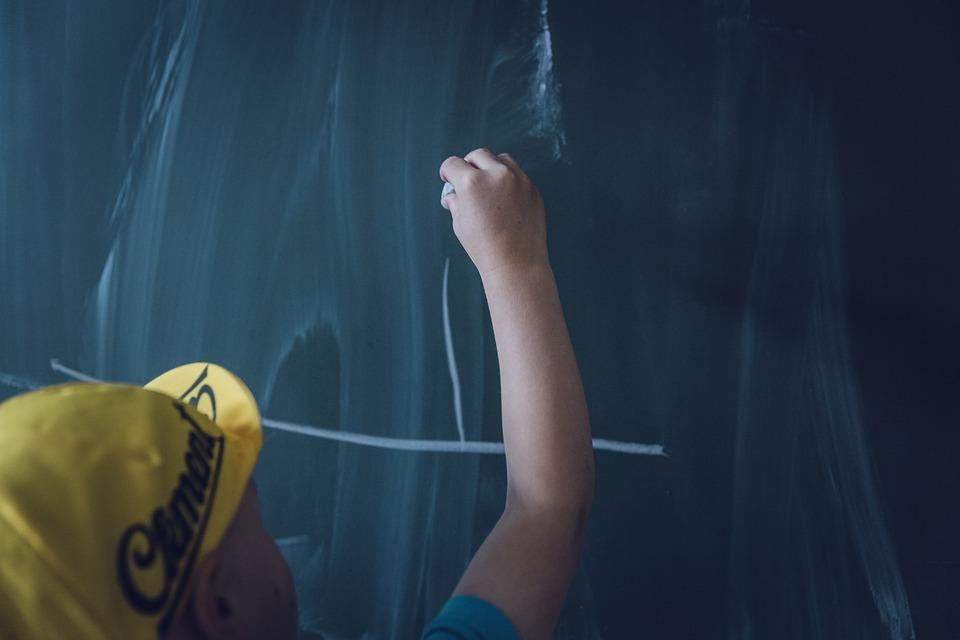 Na bakier z historią - skarżą się nauczyciele i rodzice