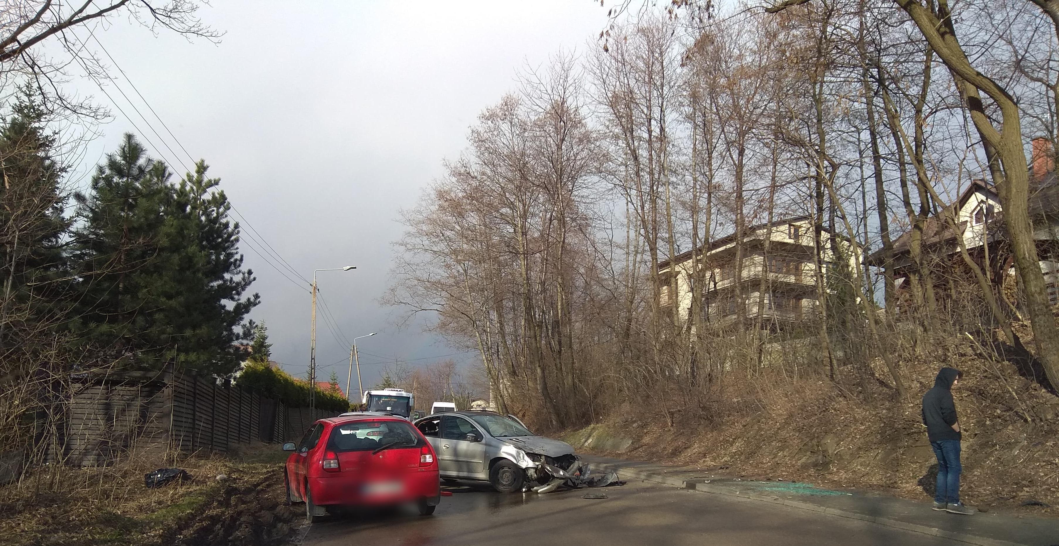 Kraksa na granicy Andrychowa i Roczyn