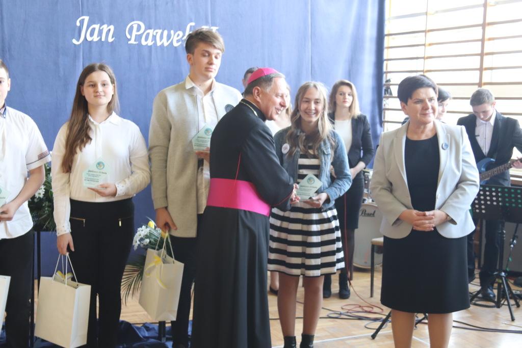 Rząd w terenie. Wicepremier Beata Szydło i minister Jadwiga Emilewicz w powiecie wadowickim [FOTO]
