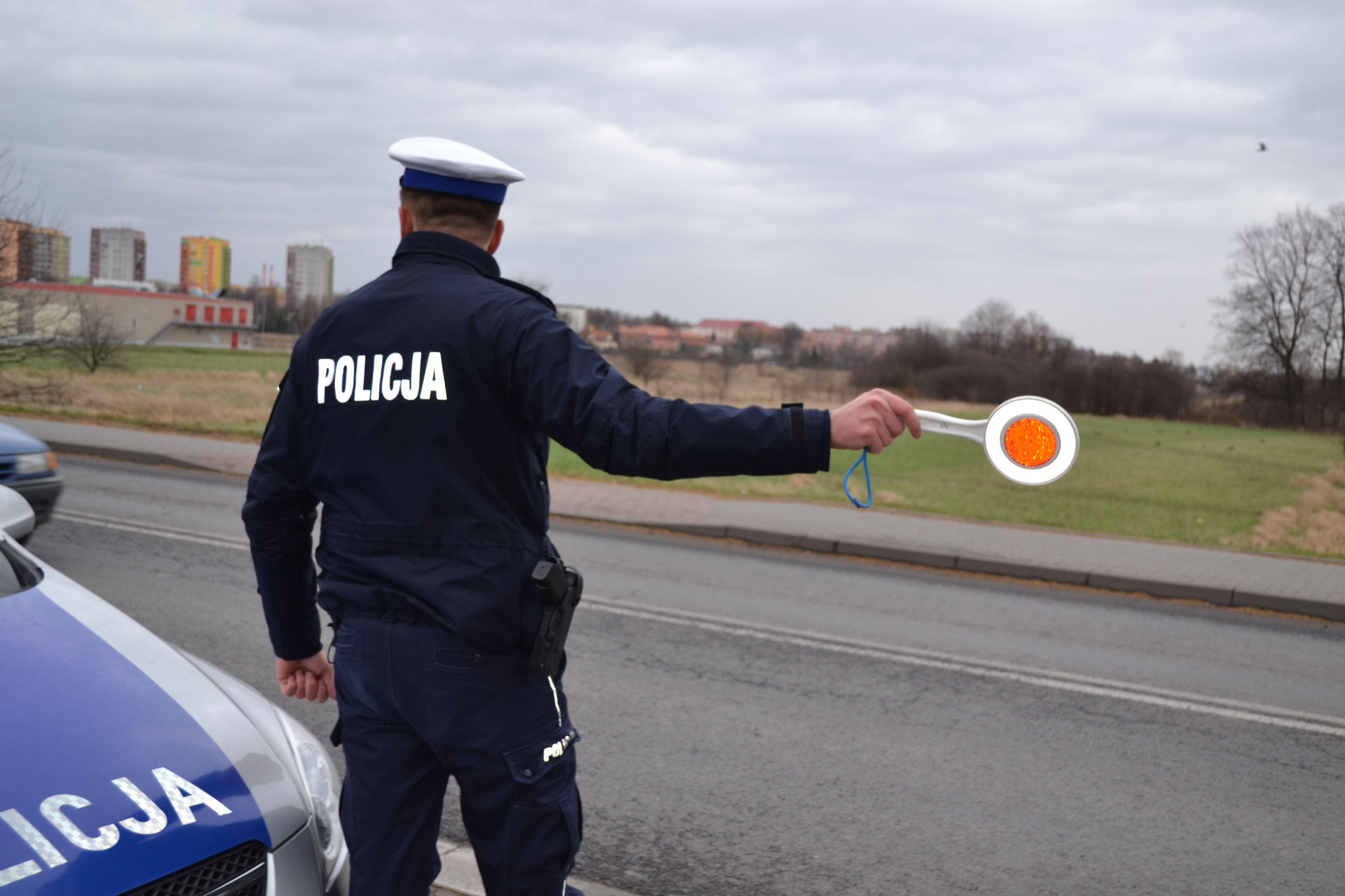 Akcja policji na drogach. Kaskadowy pomiar prędkości
