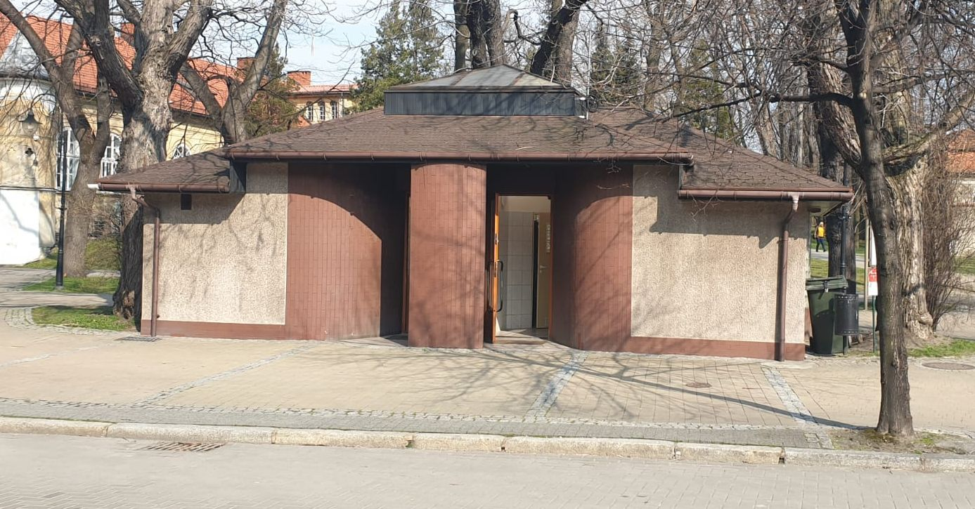 Po remoncie szalet w centrum Andrychowa ponownie otwarty