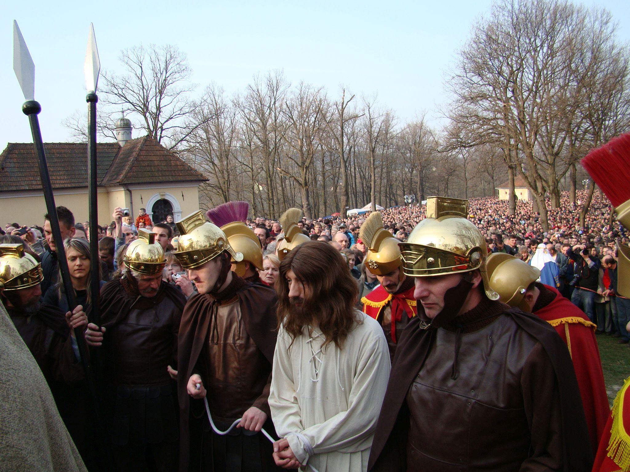 Wielki Tydzień w sanktuarium w Kalwarii Zebrzydowskiej [PROGRAM]