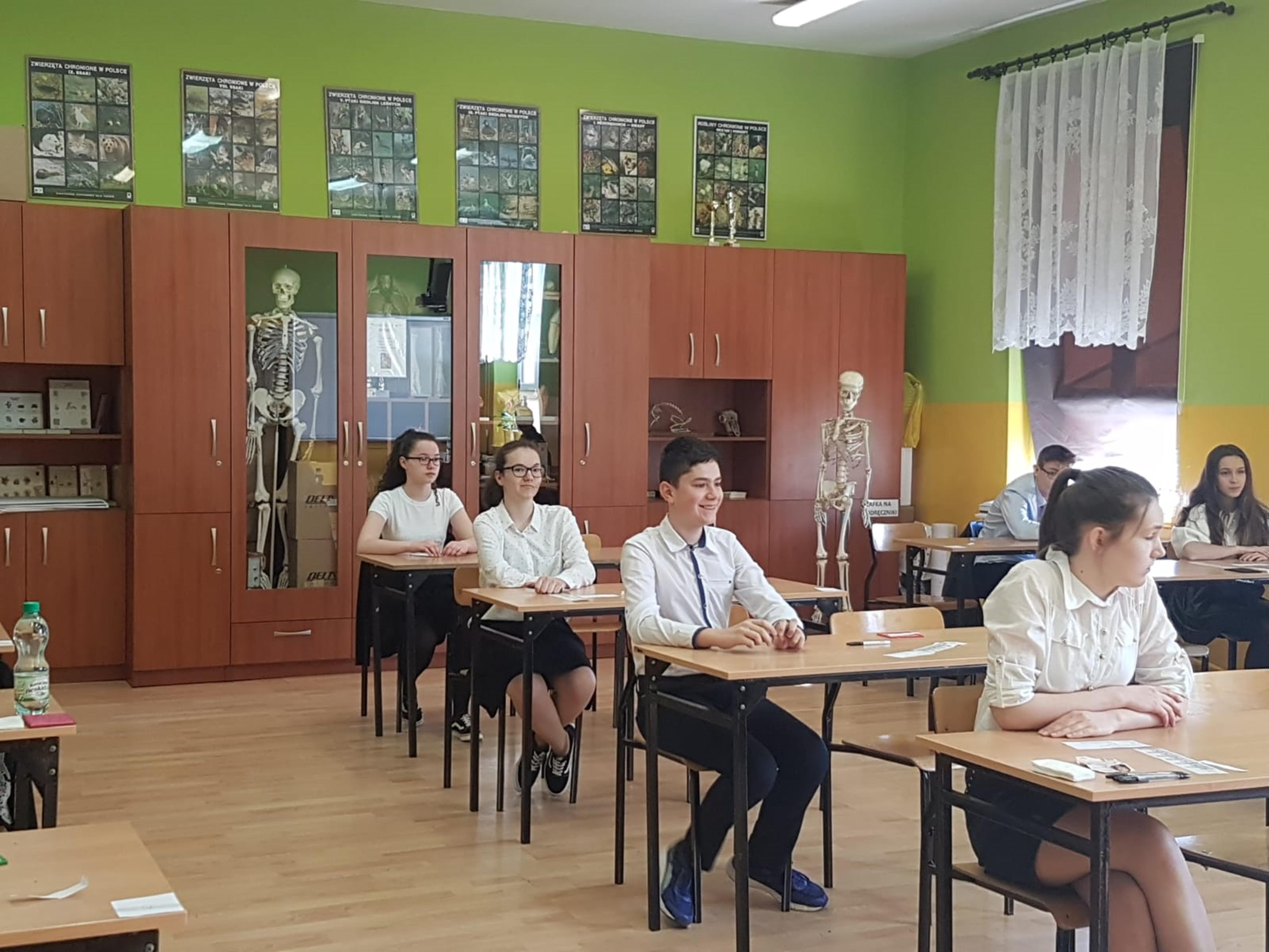 Pierwszy w historii egzamin ósmoklasisty rozpoczęty