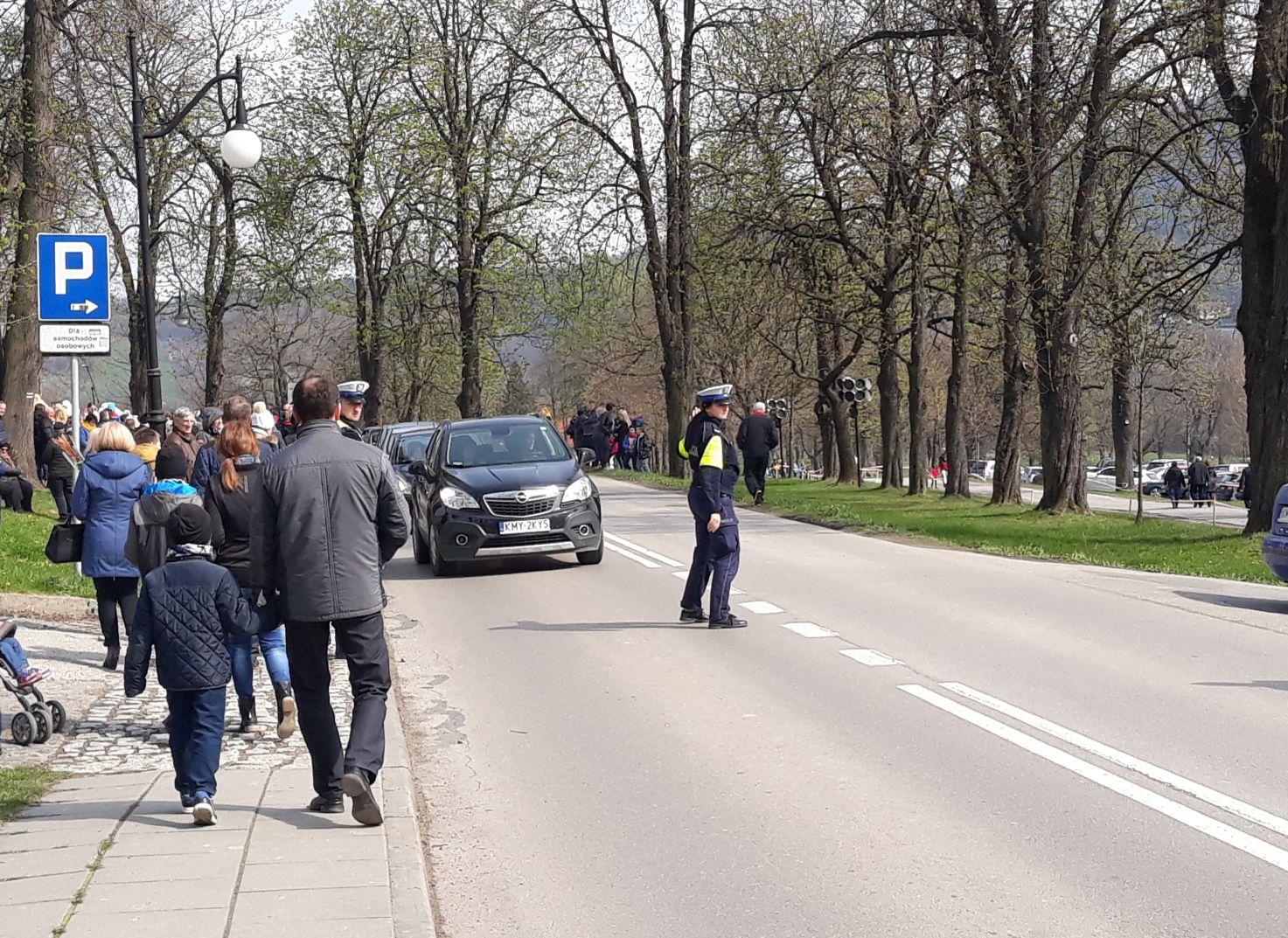 Uroczystości w Kalwarii Zebrzydowskiej. Utrudnienia na drogach dla kierowców