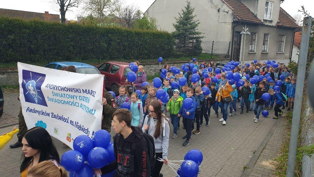 Drugi marsz przeszedł ulicami Andrychowa [FOTO]