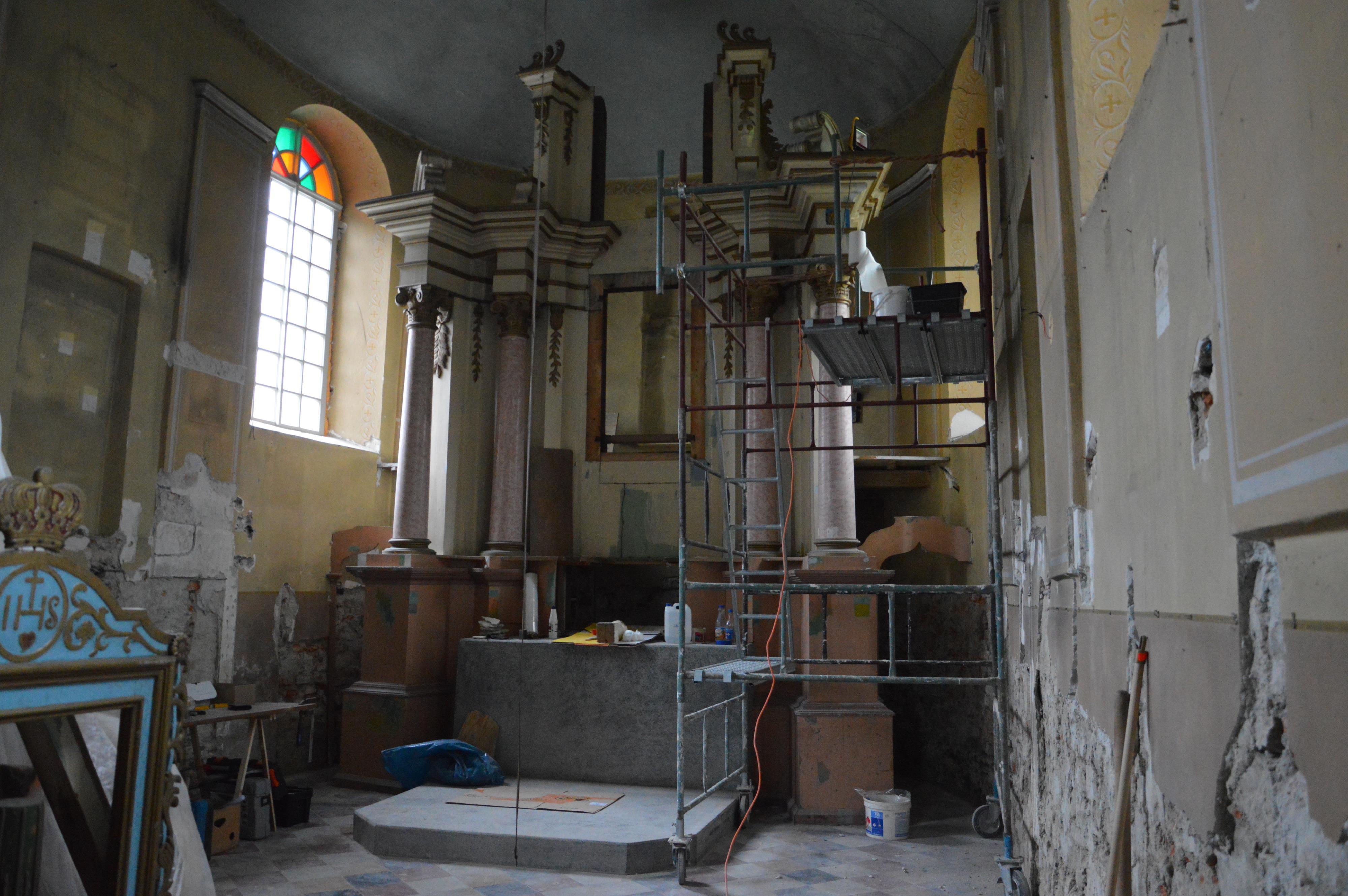Co kryje wnętrze zabytkowej kaplicy w Zagórniku? [VIDEO]