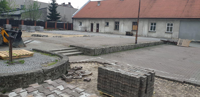 Rozpoczął się remont targowiska w centrum. Targ przy Hejnale otwarty częściej