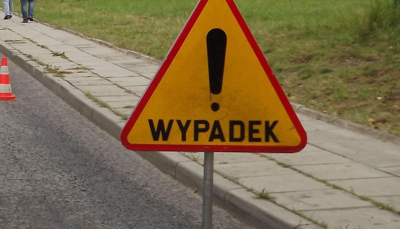 Zderzenie dwóch samochodów w Jaroszowicach