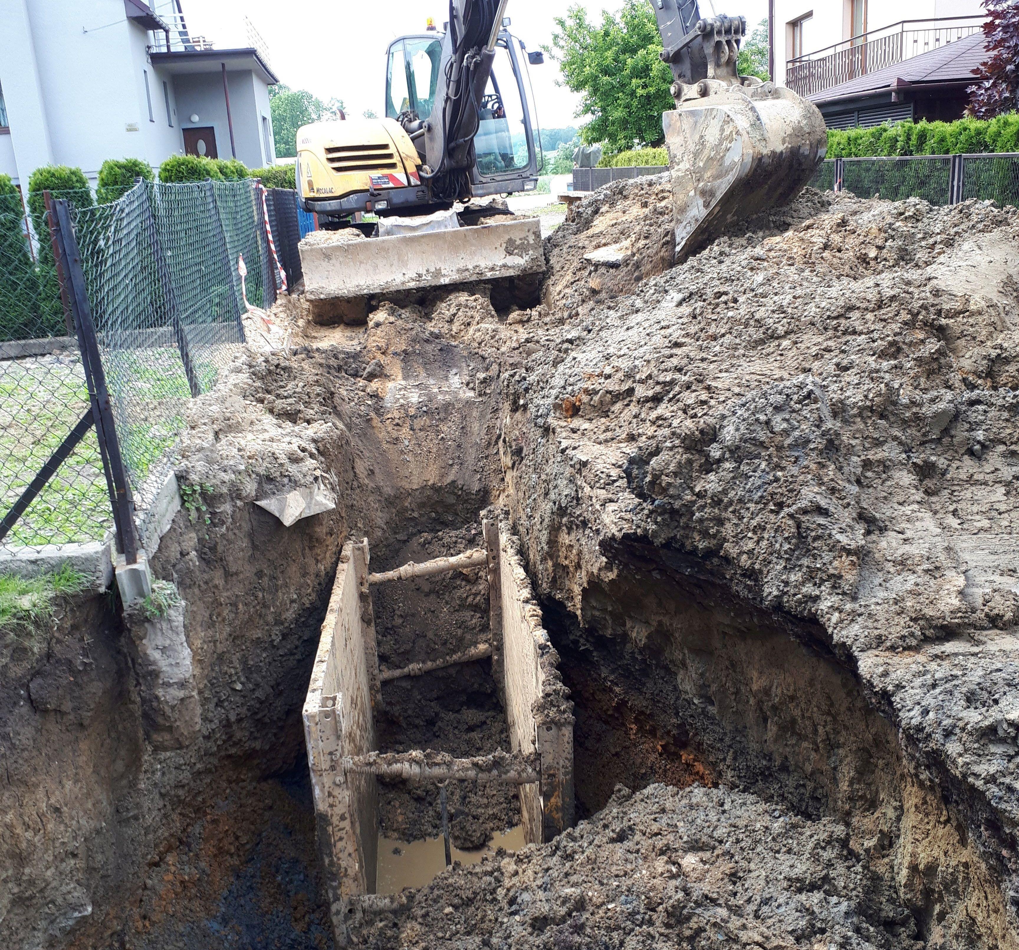 Co dalej z budową kanalizacji? Prezes odpowiedział na interpelację radnego