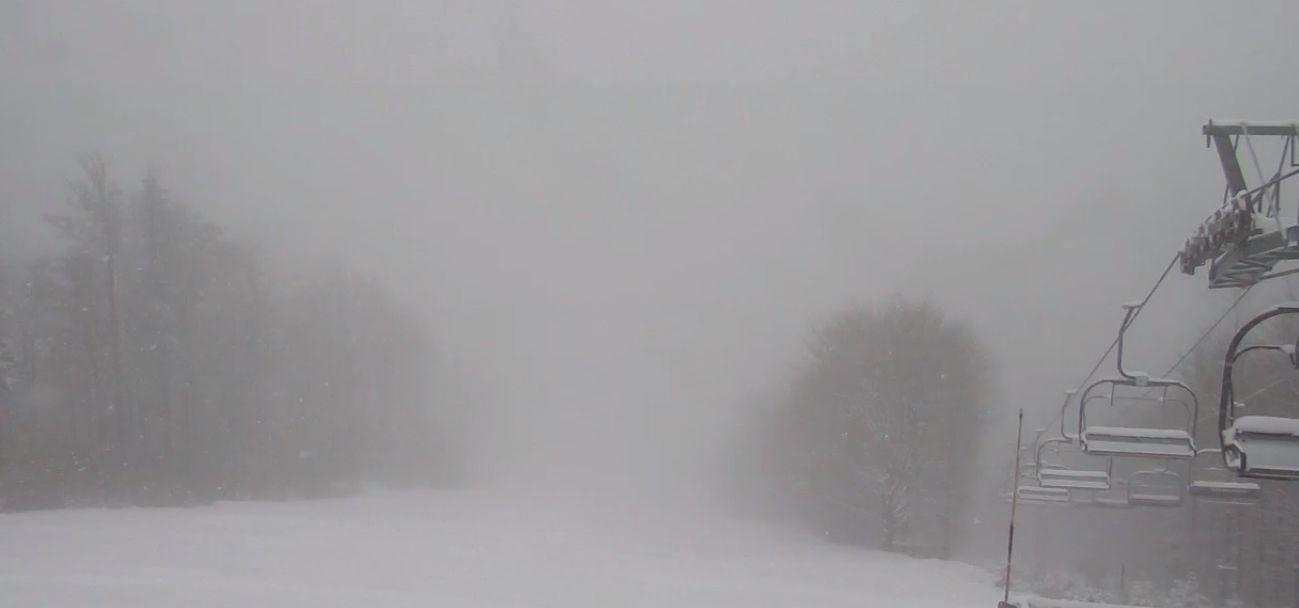 Połowa maja, w górach spadł śnieg, ale na horyzoncie widać poprawę