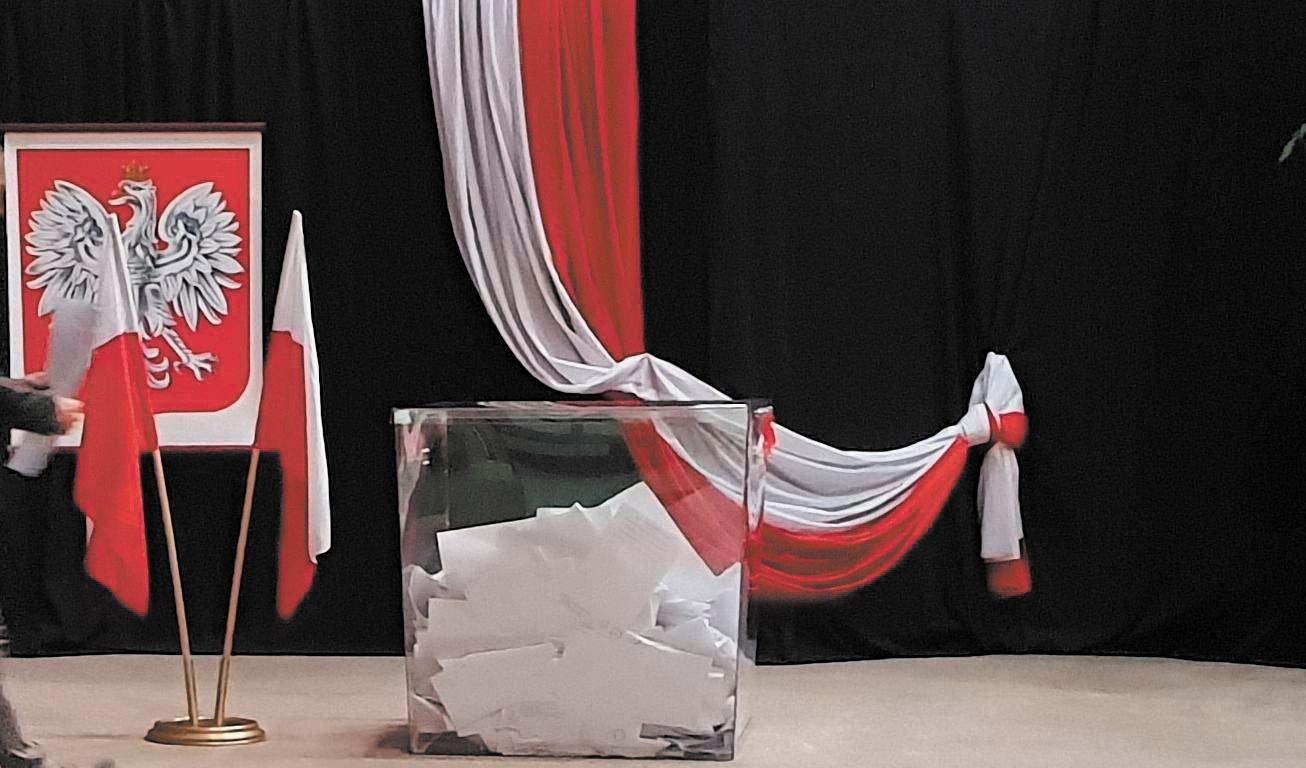 W niedzielę odbywają się wybory do Parlamentu Europejskiego [AKTUALIZACJA]