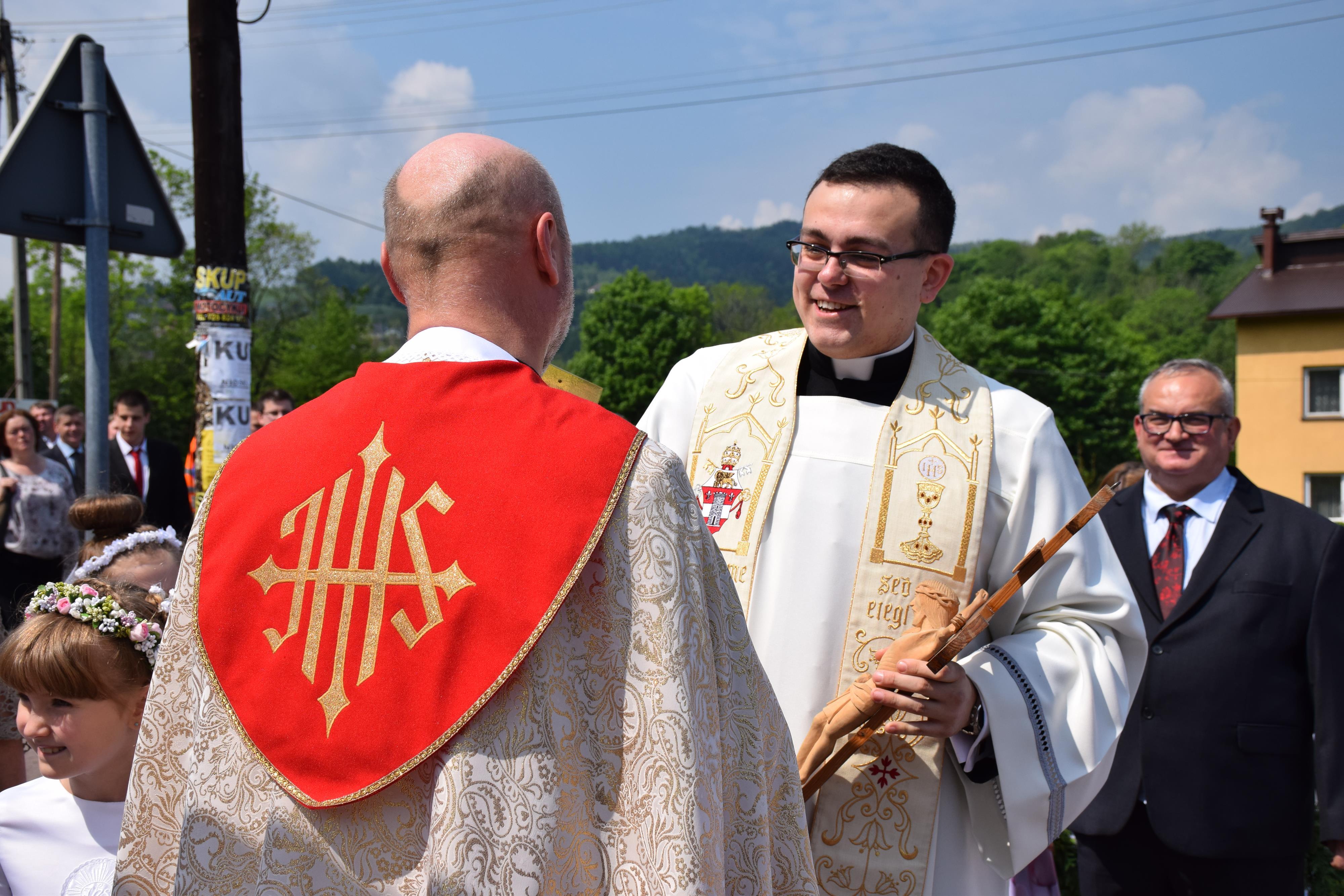 Wielkie święto Targanic. Mają nowego księdza! [FOTO]