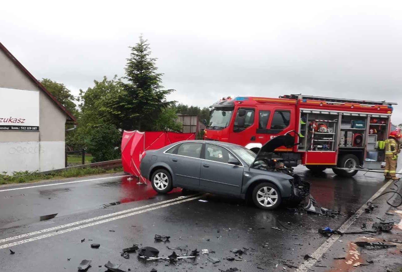 Tragedia na drodze nr 44, kierowca audi nie żyje