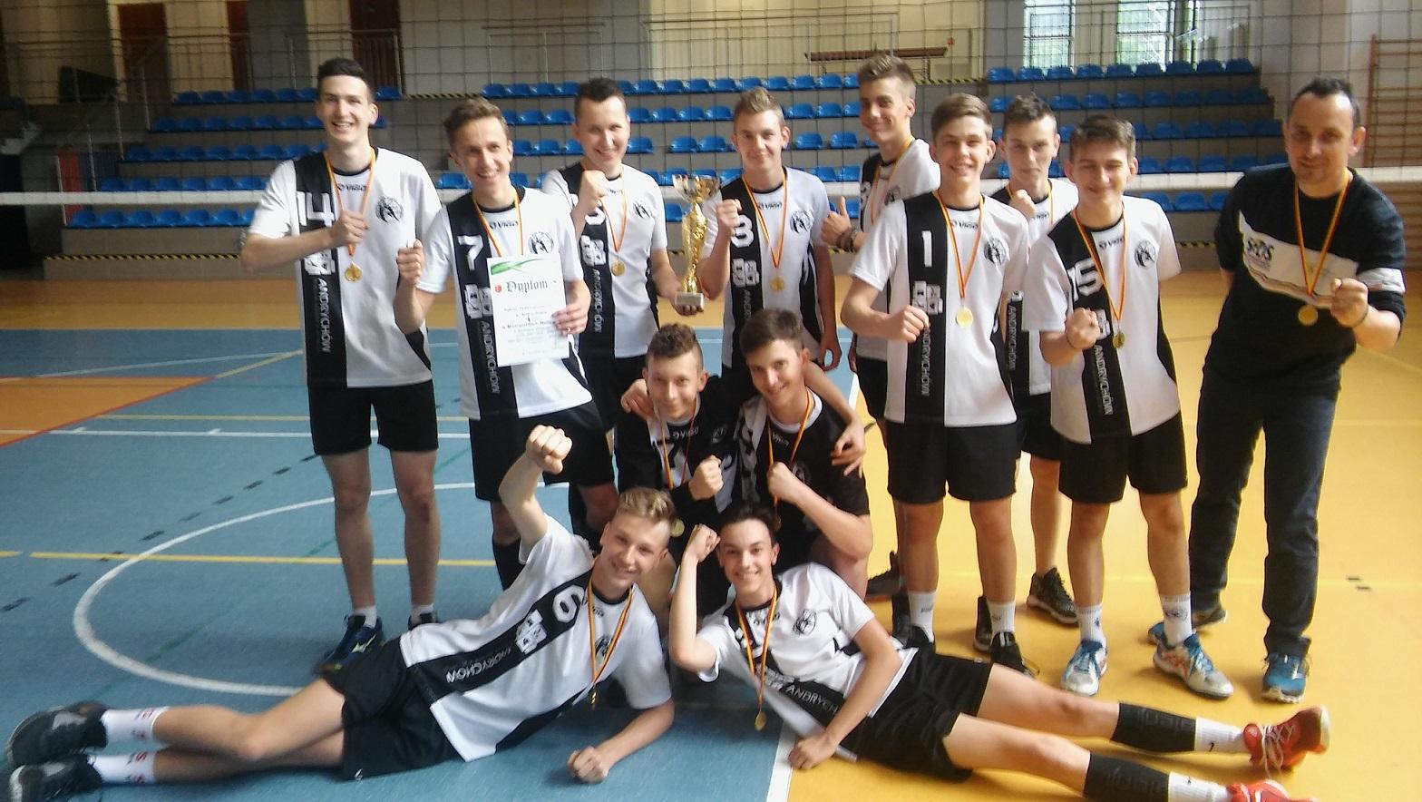 Chłopcy z andrychowskiej Trójki zostali mistrzami Małopolski [FOTO]