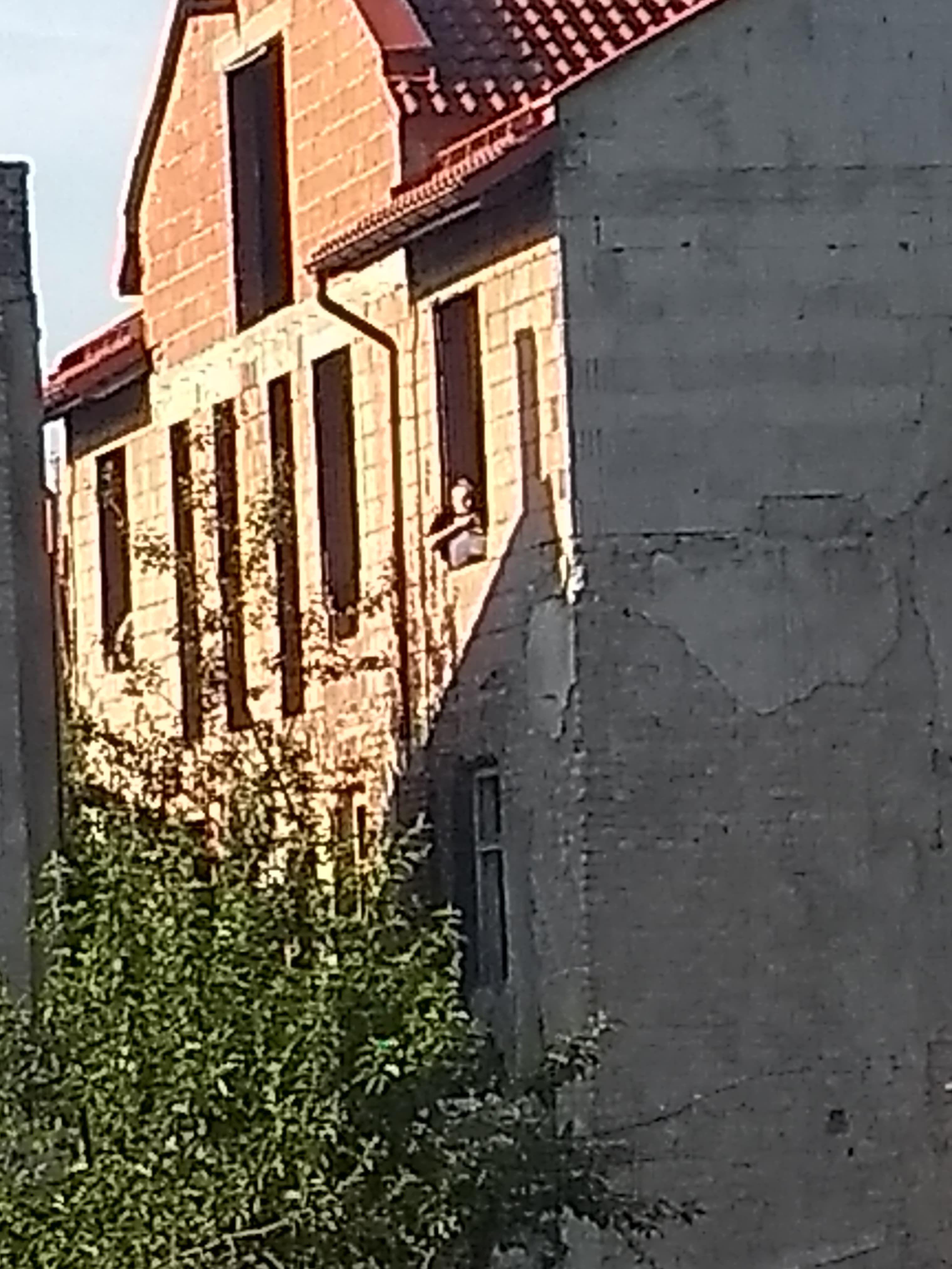 Kto urzęduje w pustostanie w centrum Andrychowa?