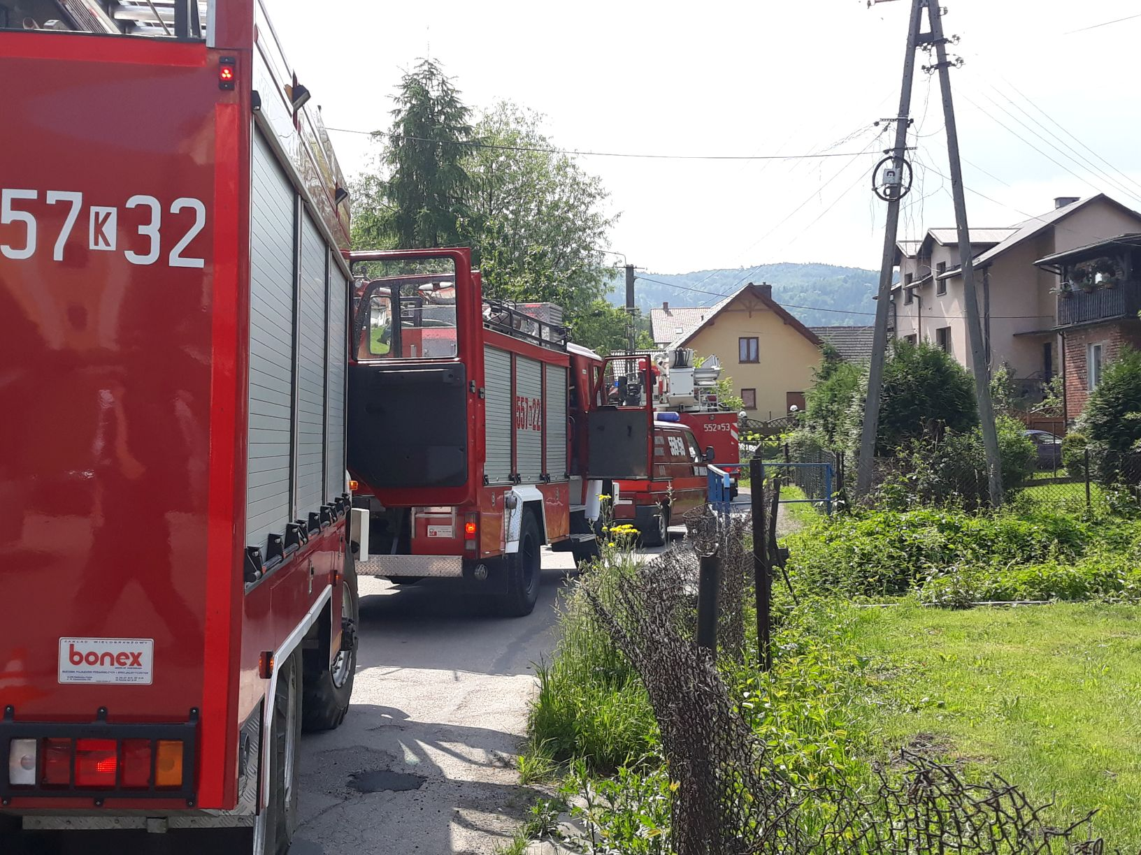 Pożar w budynku, strażacy ewakuowali mieszkankę