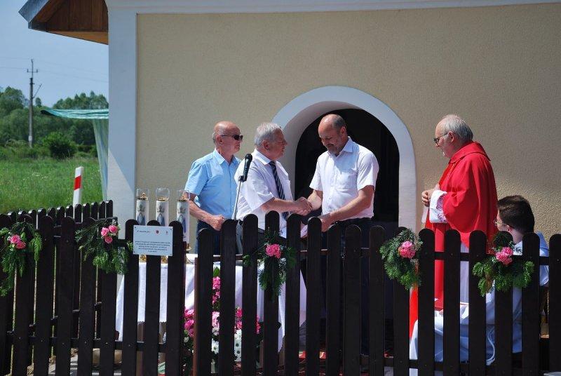 Odnowiona kapliczka będzie służyć mieszkańcom przez następne kilkadziesiąt lat