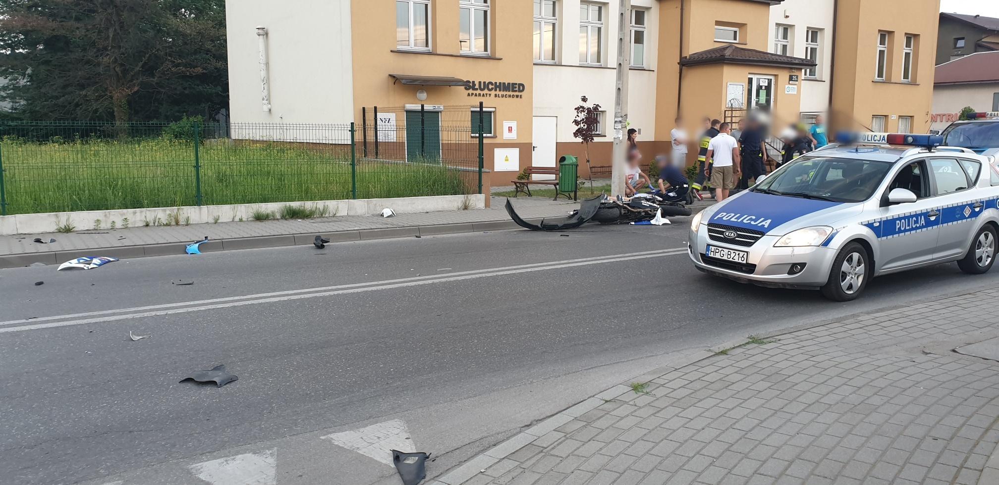 Poważny wypadek w Kętach. Są ranni [FOTO] [AKTUALIZACJA]