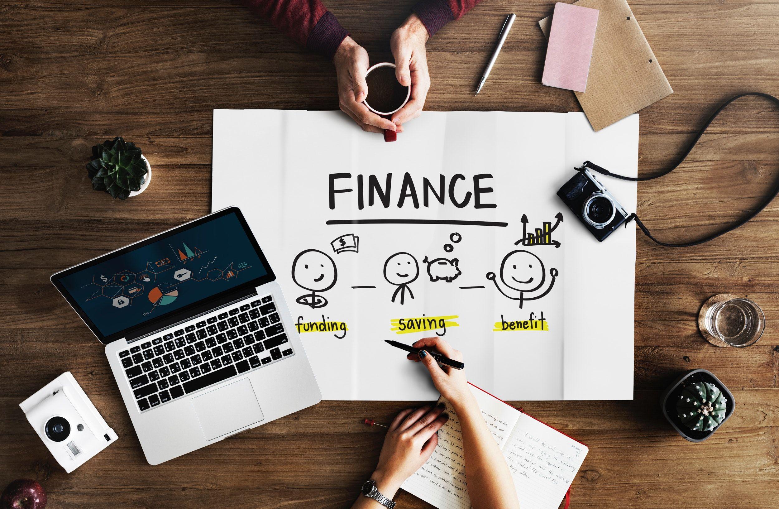 Jak oszczędzać pieniądze i rozsądnie je wydawać?