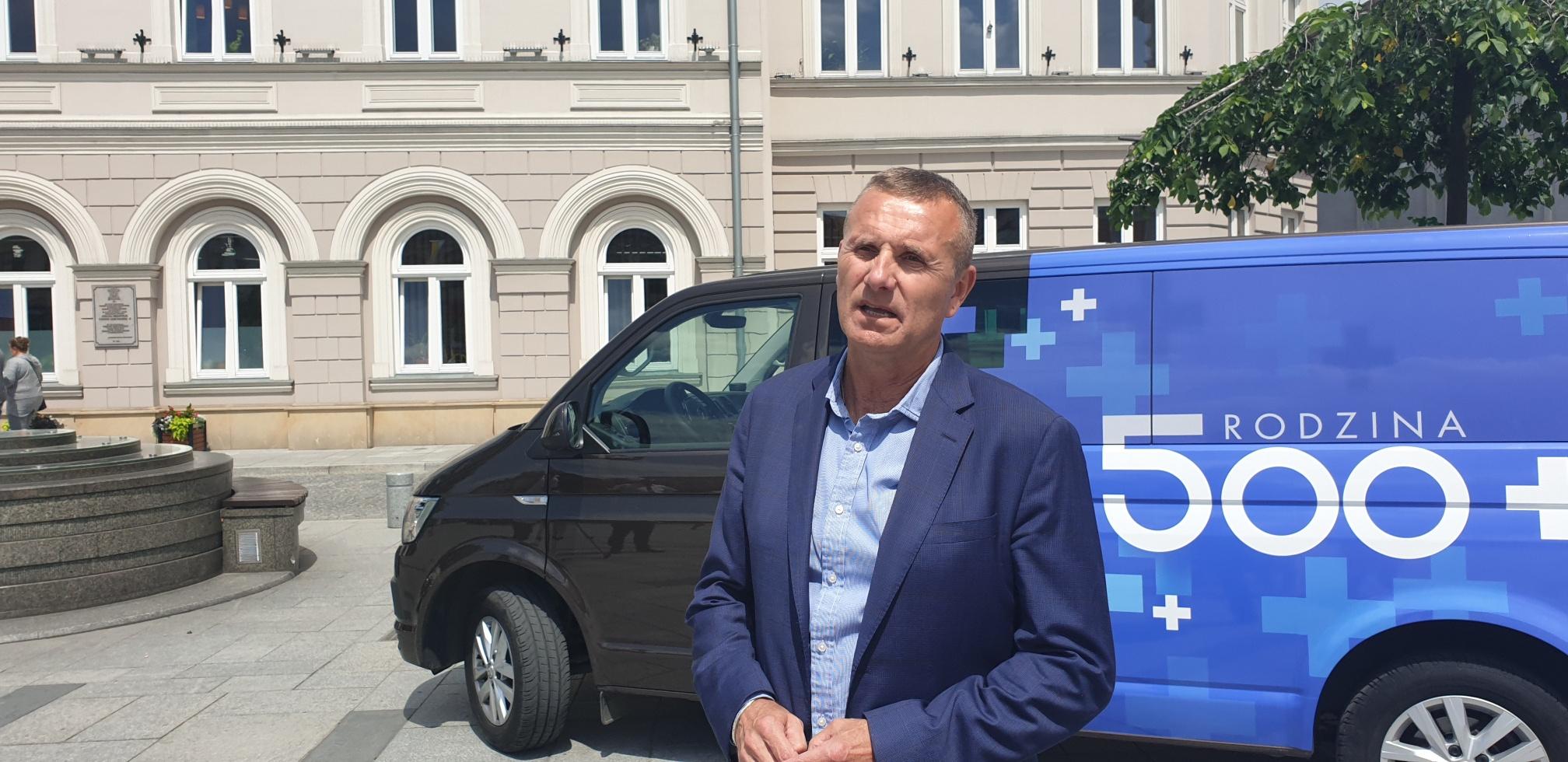 Kampania informacyjna rządu w sprawie 500 plus dotarła też do Wadowic