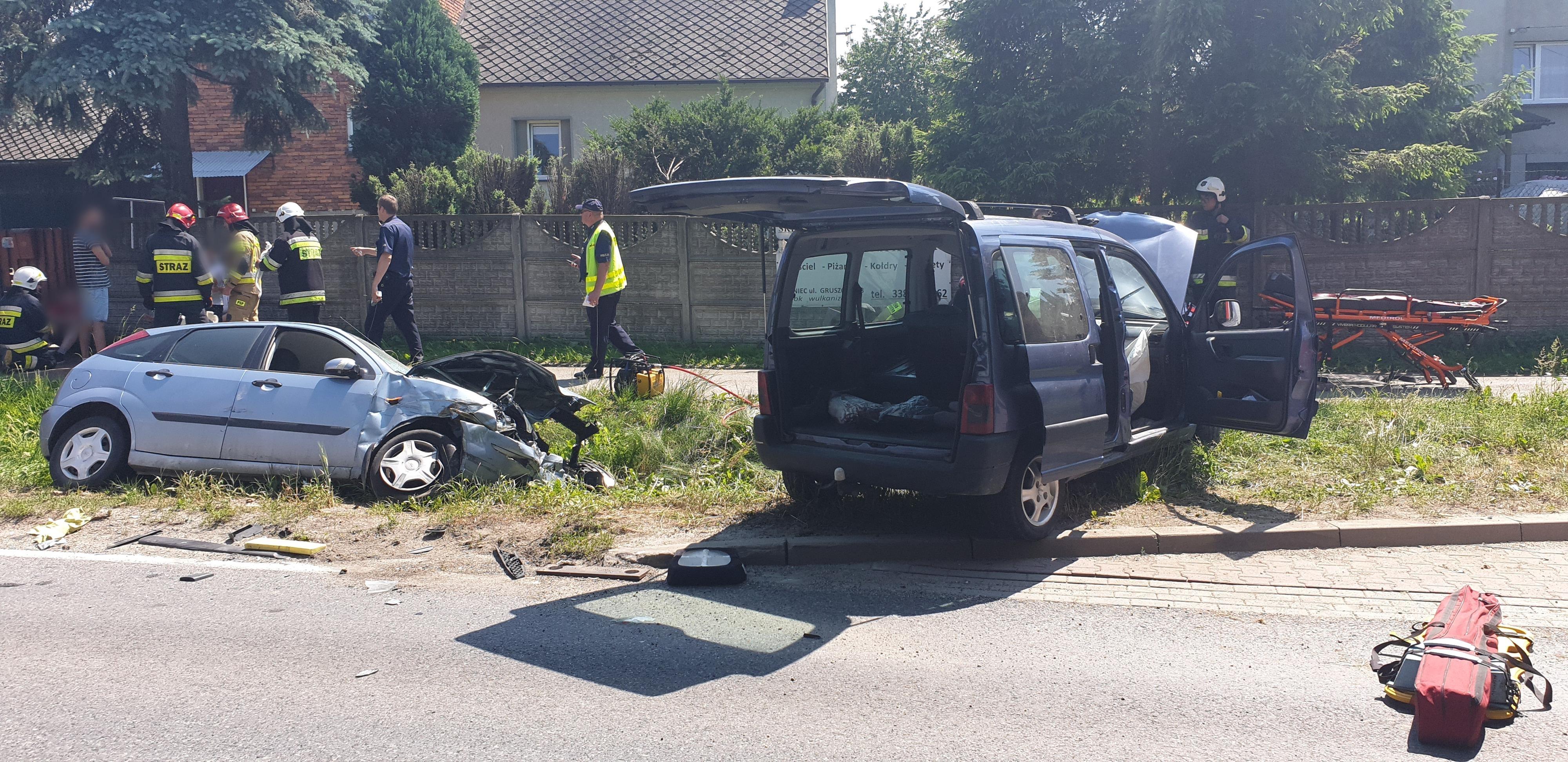 Kolejny dramatyczny wypadek na drodze krajowej w Bulowicach [FOTO] [AKTUALIZACJA]