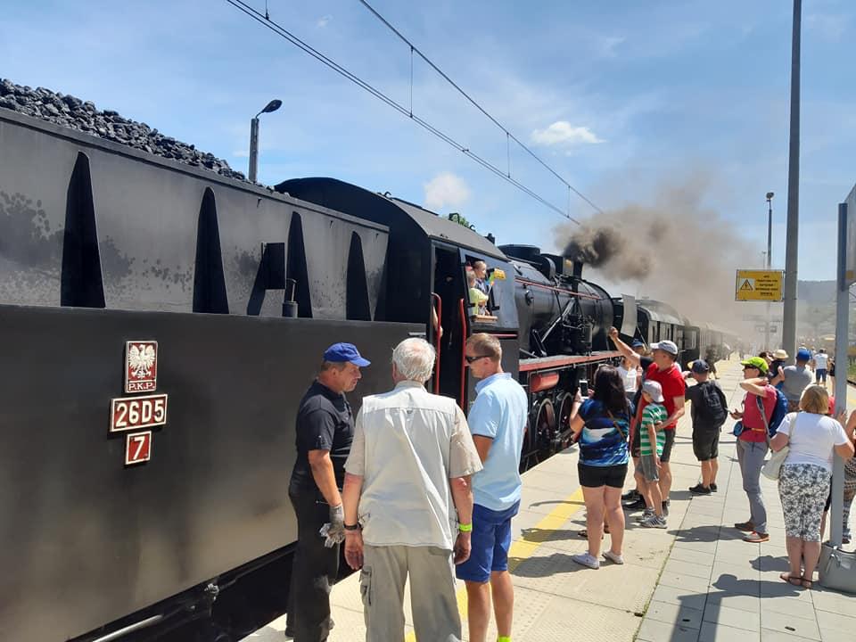 W sobotę przez powiat przemknął pociąg retro