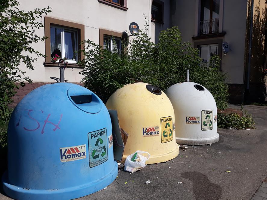 Nerwowo w Komaksie. Pracownicy śmieciarek grożą protestem