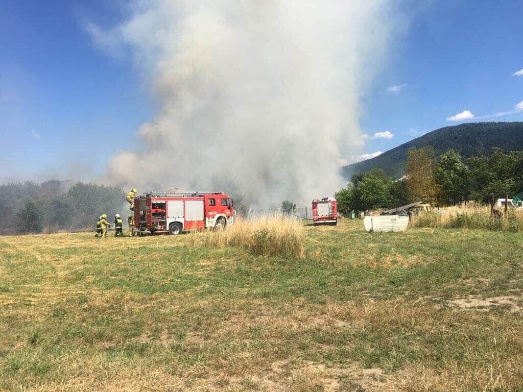 Niebezpieczne pożary, policja zaczyna nakładać mandaty
