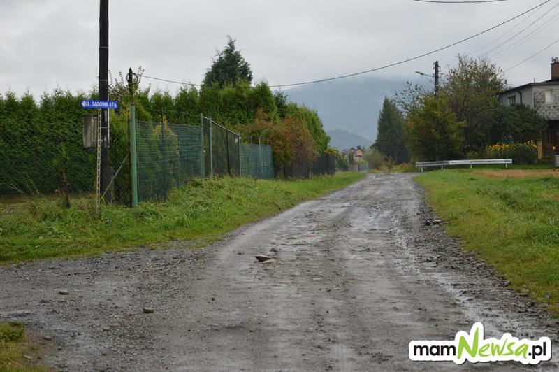 Droga do radnej w końcu doczeka się remontu?