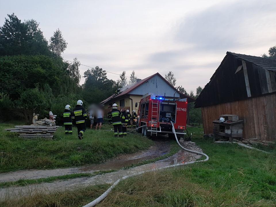 Dwa pożary w budynkach mieszkalnych