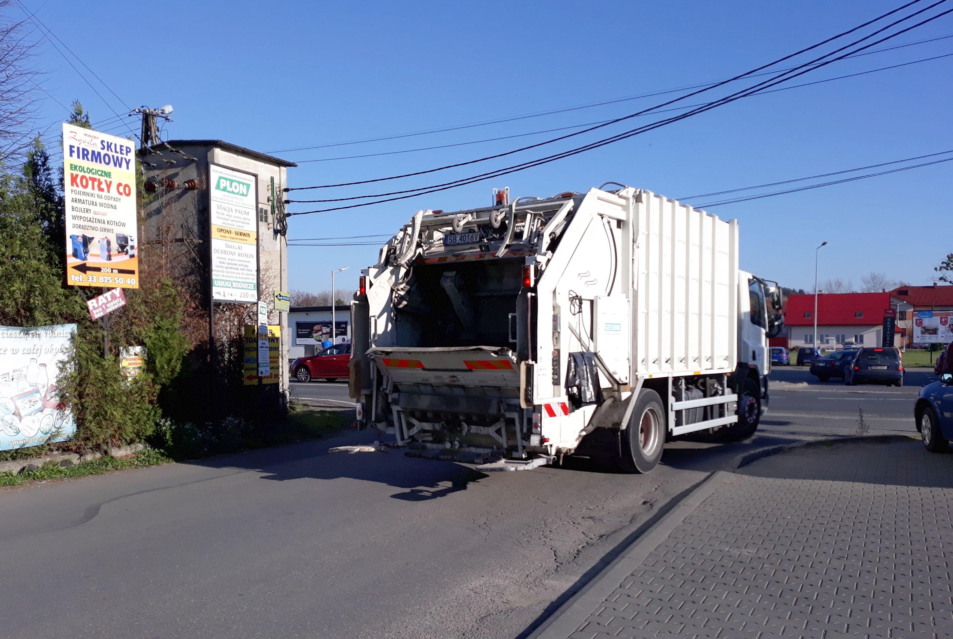 Andrychów już szuka firmy, która będzie wywozić śmieci. Boją się, że czeka ich los Wadowic?