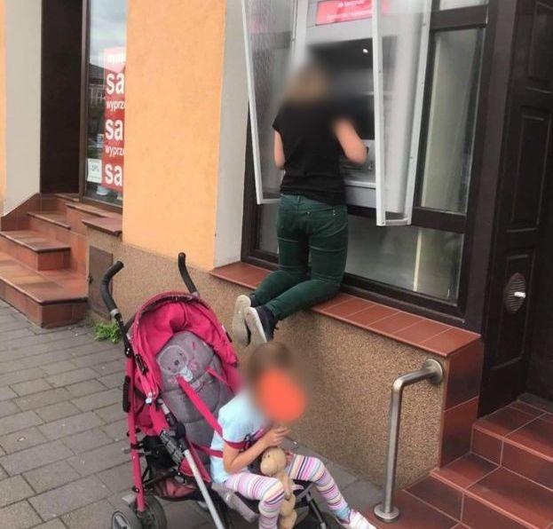 Santander Bank Polska reaguje na sytuację w Andrychowie