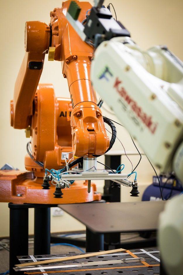 Gdzie można zastosować robota przemysłowego?