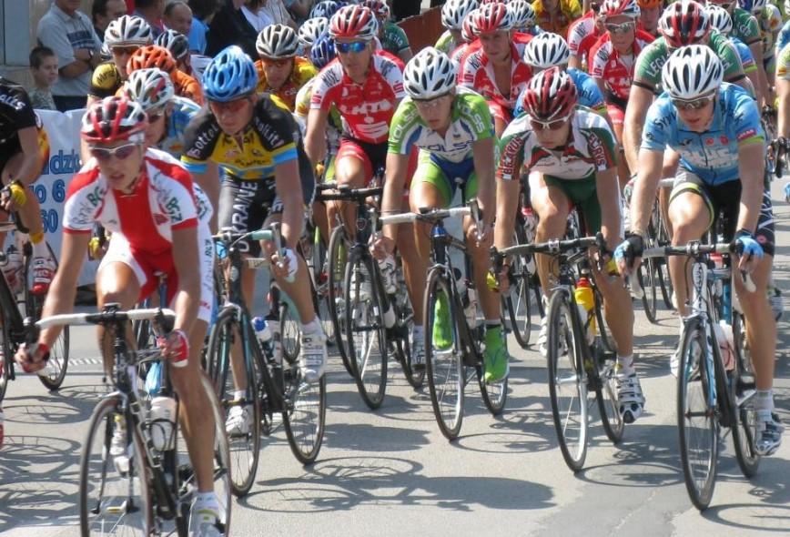 Utrudniania drogowe z powodu wyścigów kolarskich. Objazd przez Wadowice