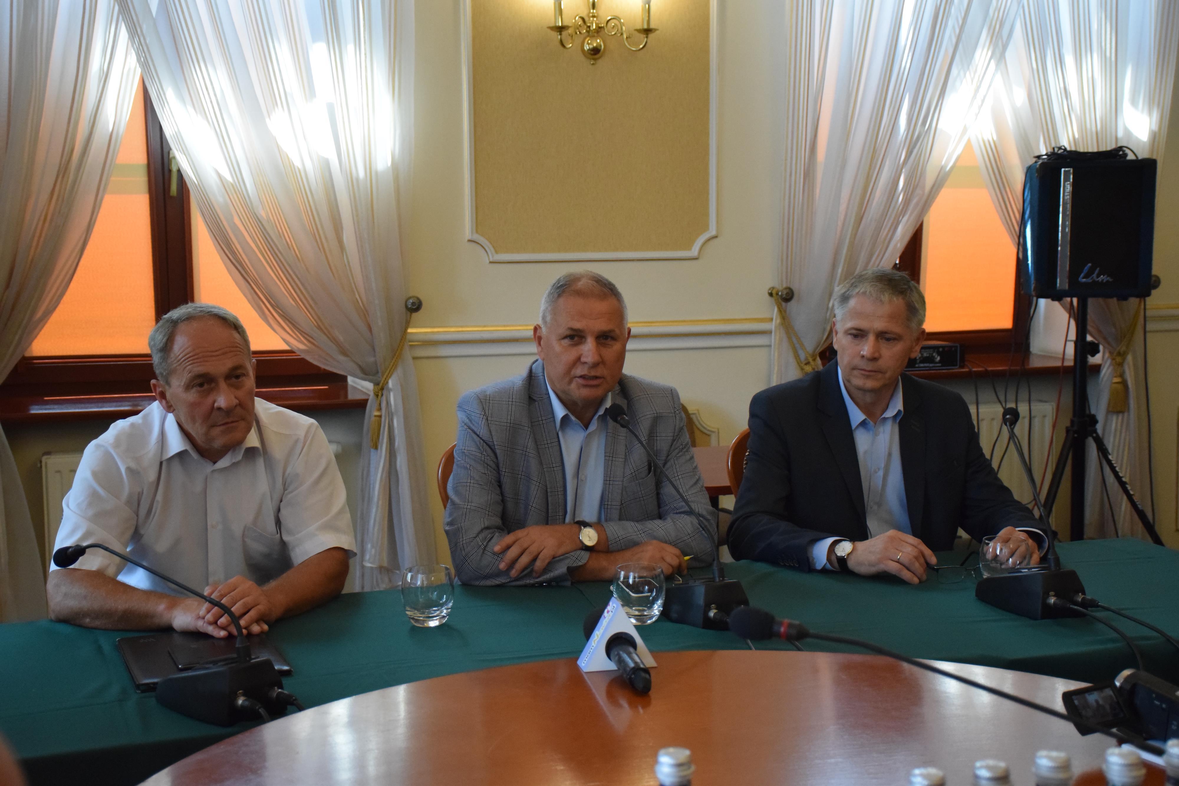 Burmistrz Andrychowa: najważniejsza decyzja w historii Rady Miasta [FOTO] [AKTUALIZACJA]