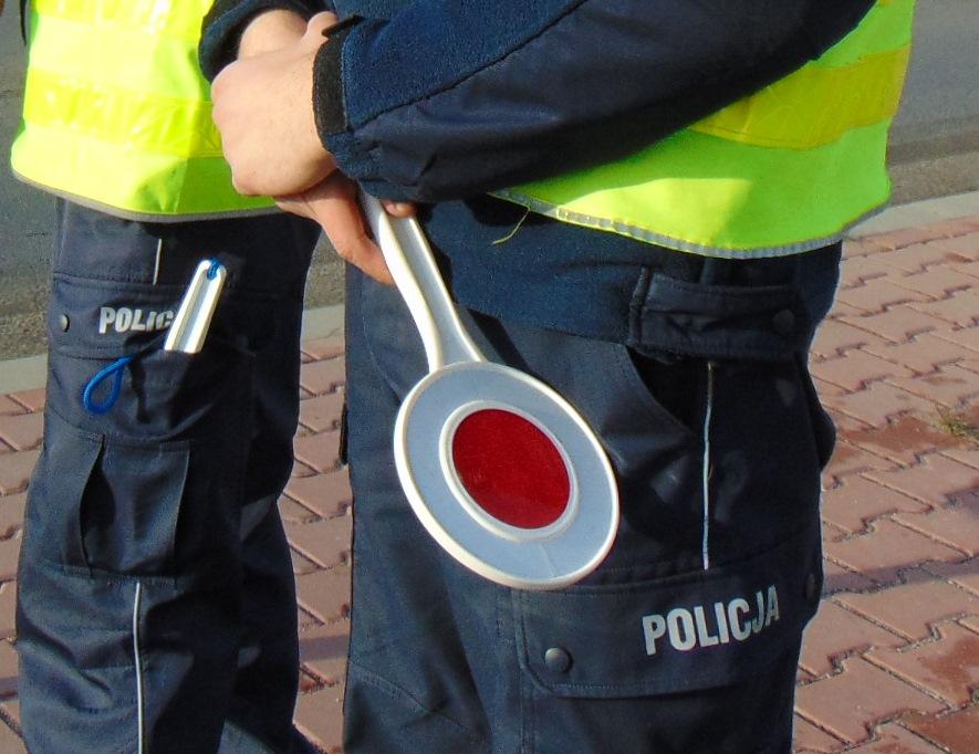 Więcej policjantów na drogach podczas długiego weekendu