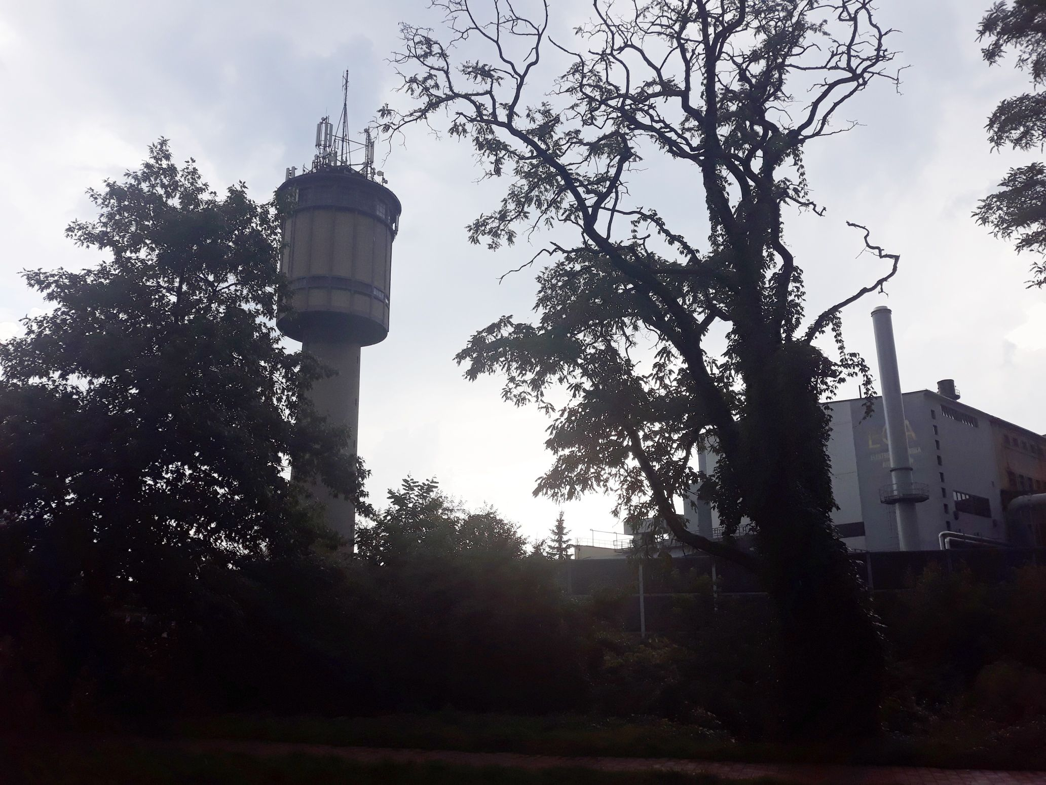 Nocne hałasy w centrum Andrychowa. Wiemy, co się dzieje