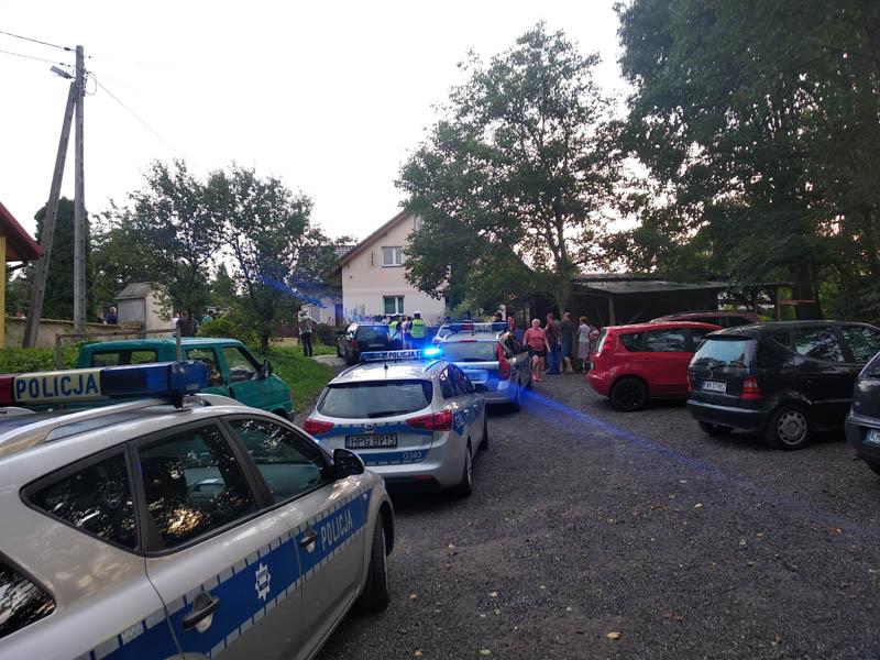 Mieszkańcy nie chcą proboszcza, interweniowała policja