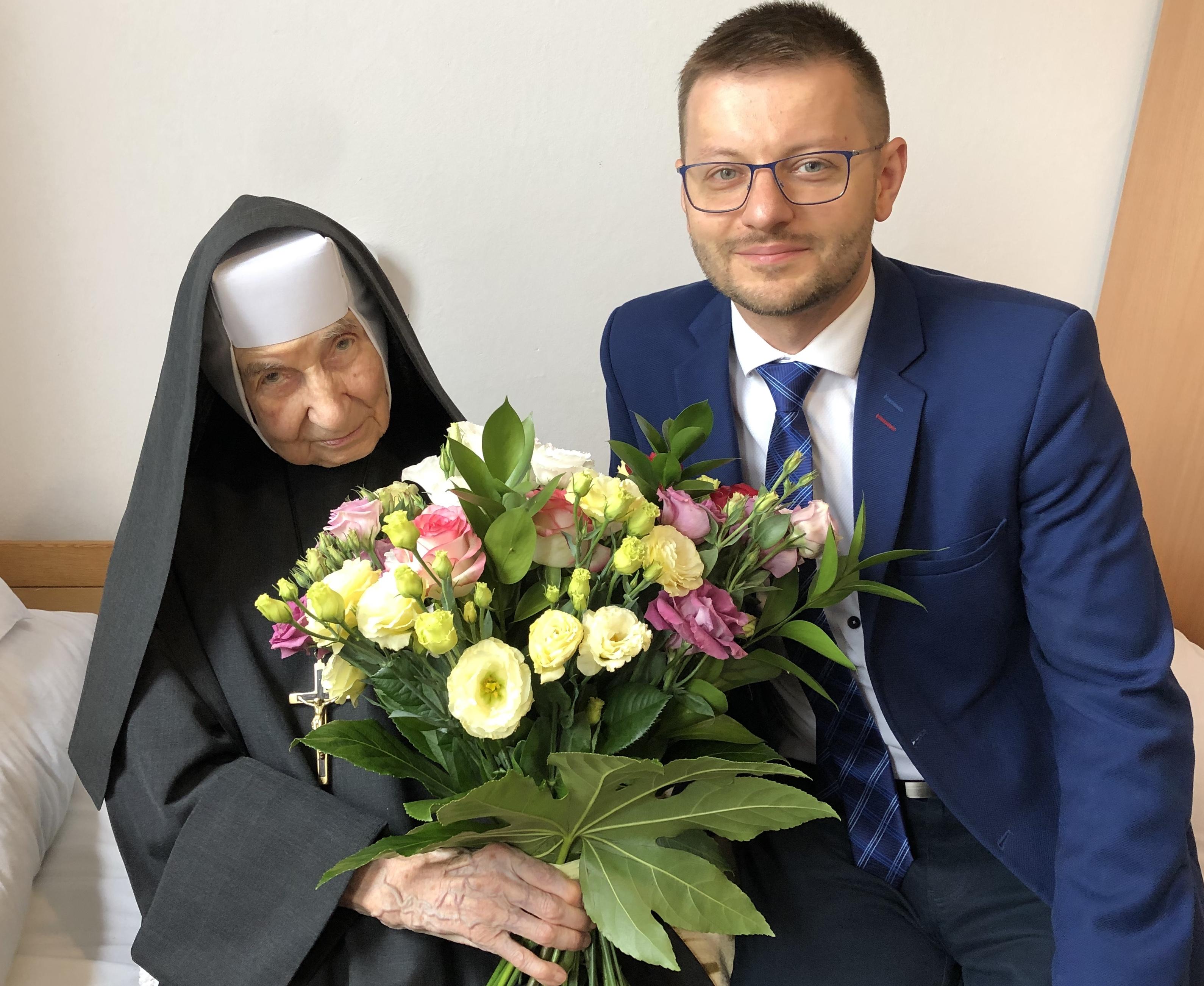 105 urodziny najstarszej mieszkanki gminy – Siostry Adaminy