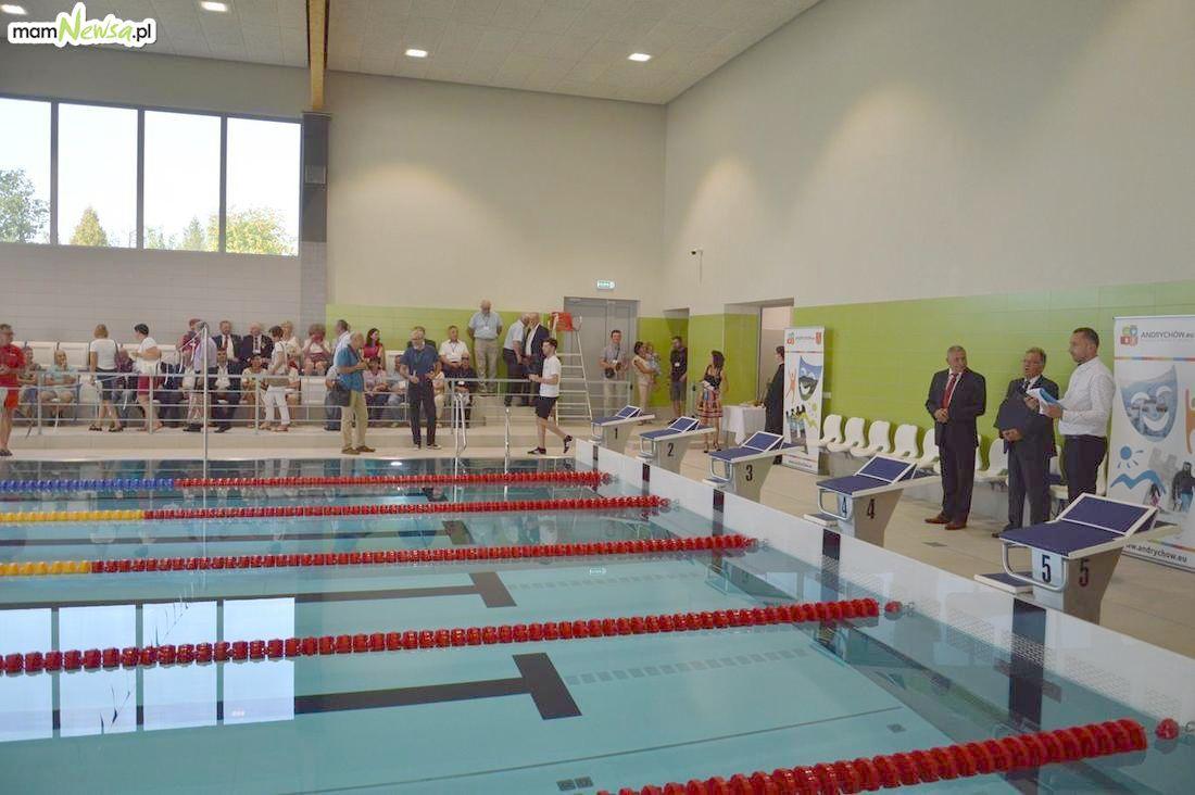 Wiadomo, ile osób skorzystało w pierwszym tygodniu z nowego basenu w Andrychowie