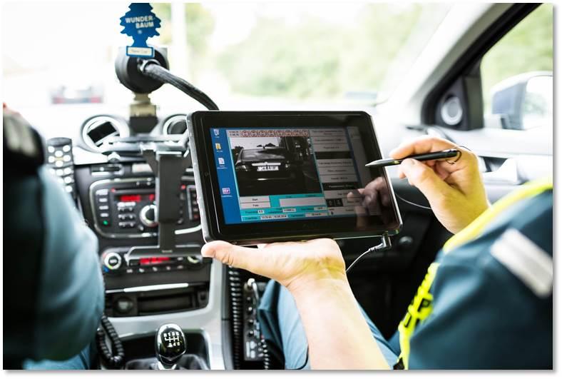 Kto pstryka foty kierowcom w Inwałdzie i w innych miejscowościach na drogach krajowych?