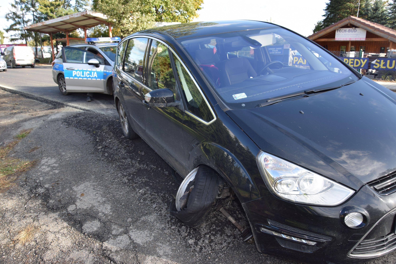 Dwie kradzieże, dwa zniszczone auta. Policja szuka sprawców [FOTO]