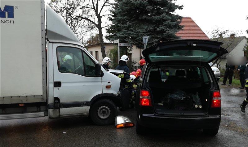 Zderzenie na skrzyżowaniu, jedna osoba trafiła do szpitala