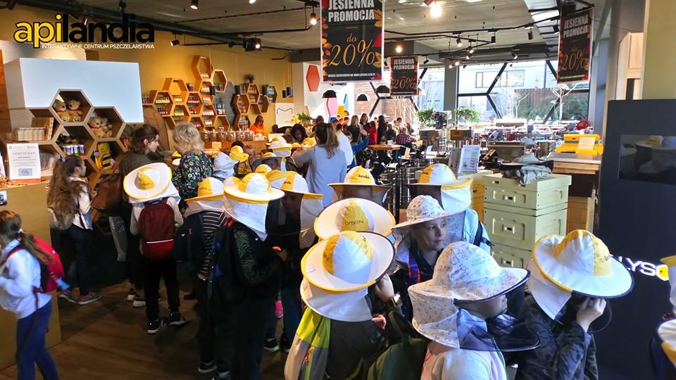Interaktywne Centrum Pszczelarstwa APILANDIA w Kleczy Dolnej ma już rok!
