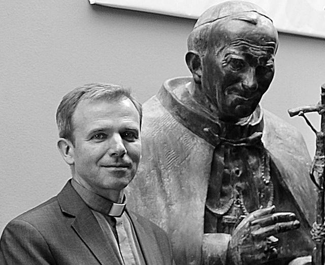 Pogrzeb zmarłego dyrektora muzeum papieskiego odbędzie się w Wadowicach i Krakowie