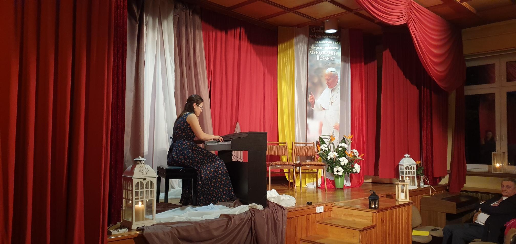 Koncert pianistki Man Li Szczepańskiej i jej córek