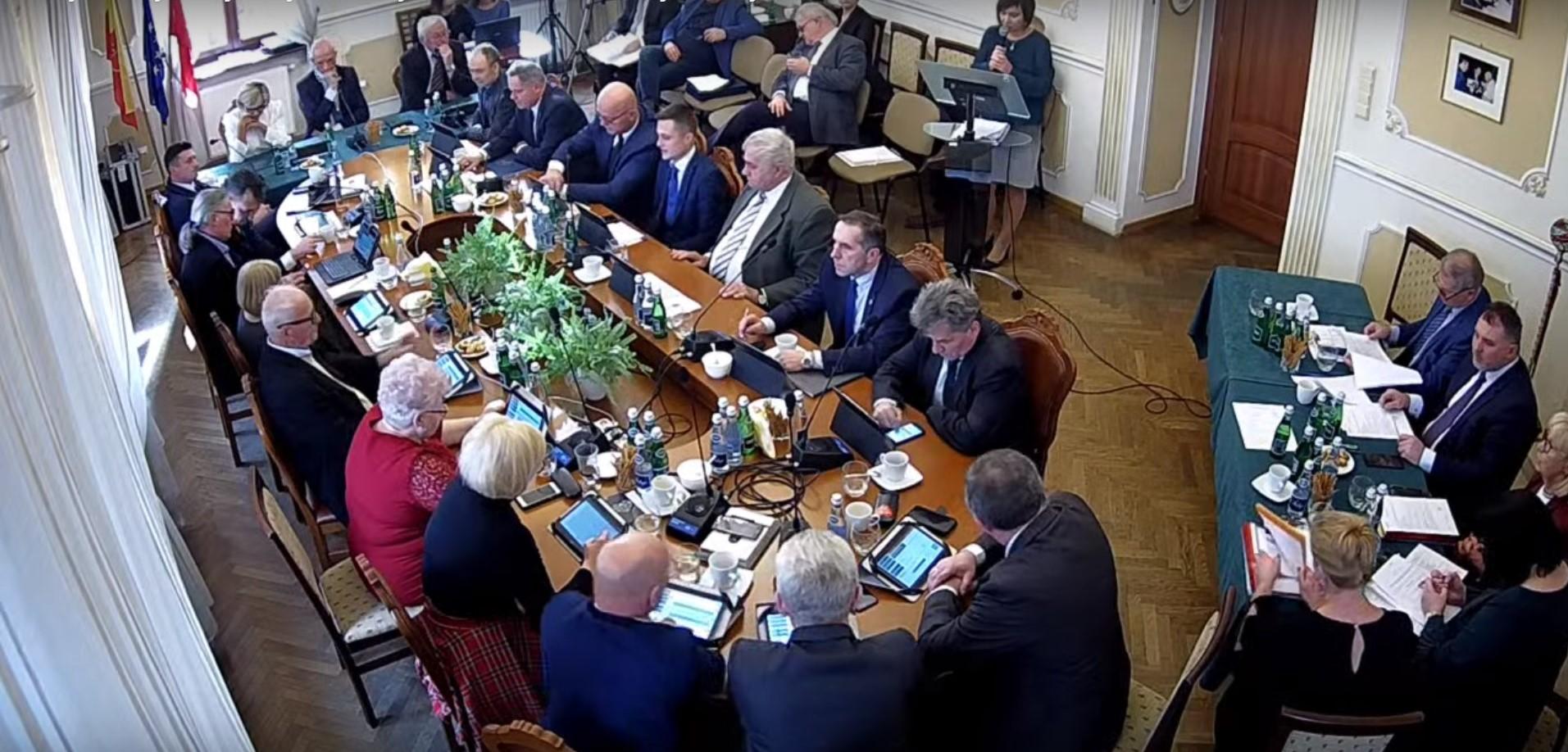 Radni zdecydowali. Opłata za śmieci w Andrychowie podniesiona do 20 zł