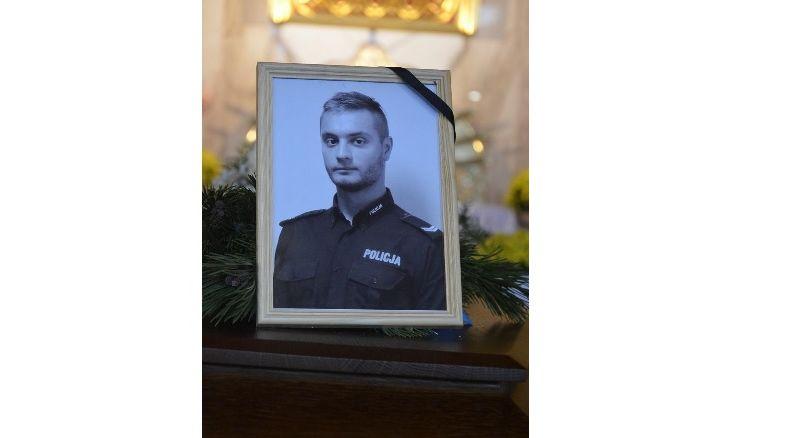 Policjant, ratownik, dobry człowiek. Pożegnano st.sierż. Pawła Burdyla, który zginął w górach