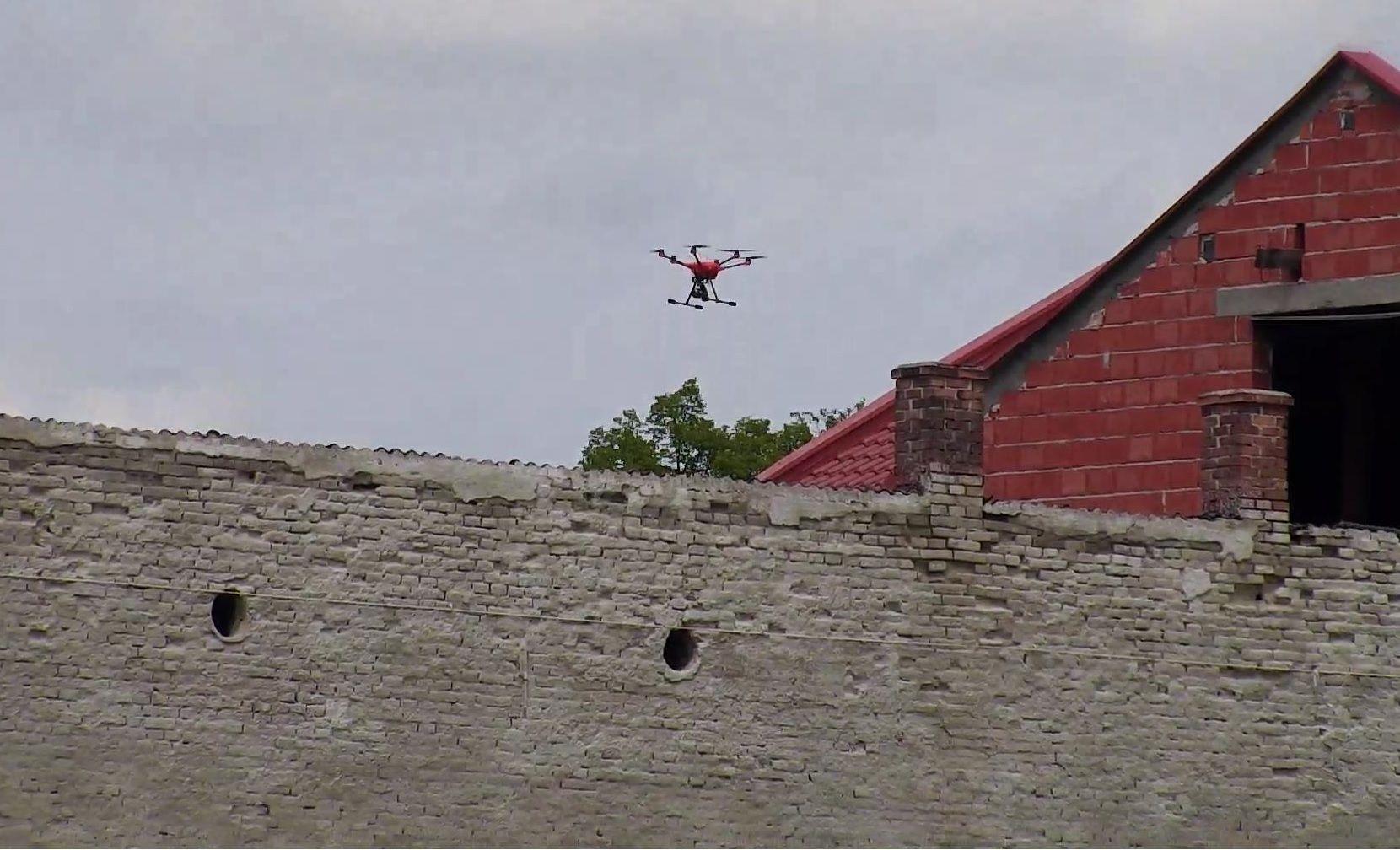 Dron do pomiarów smogu latał nad gminą Andrychów