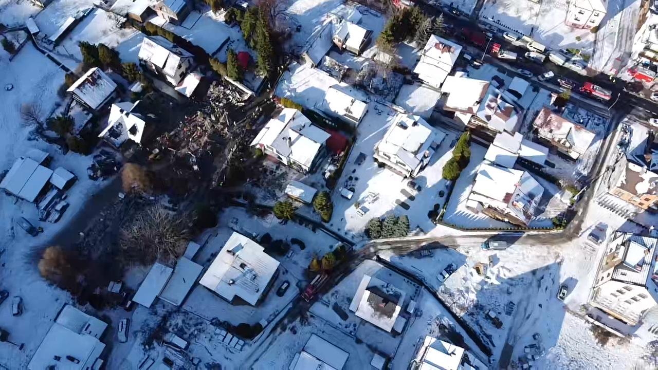 8 osób zginęło pod gruzami kamienicy [VIDEO] [FOTO]